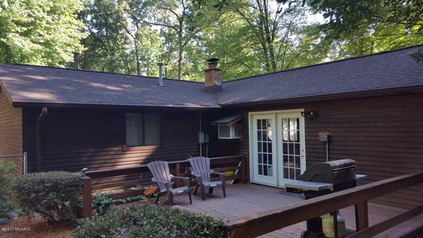 Single Family Residence, Ranch - Twin Lake, MI (photo 4)