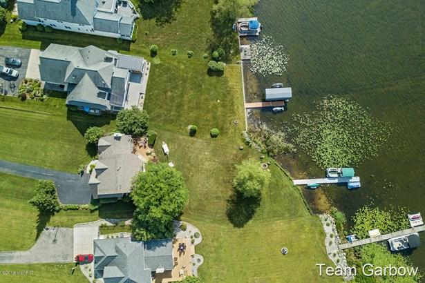 Single Family Residence, Traditional - Wayland, MI (photo 5)
