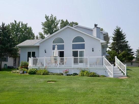 Chalet, Single Family Residence - Canadian Lakes, MI