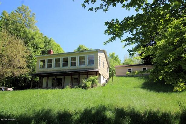 Single Family Residence, Ranch - Hesperia, MI