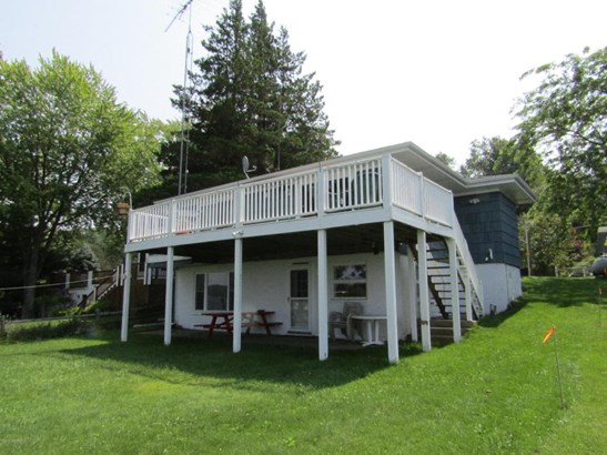 Single Family Residence, Ranch - Ludington, MI (photo 4)