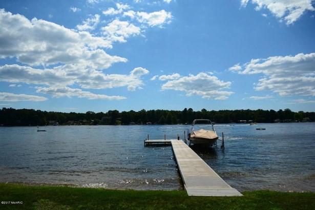 Cabin/Cottage, Single Family Residence - Twin Lake, MI (photo 2)