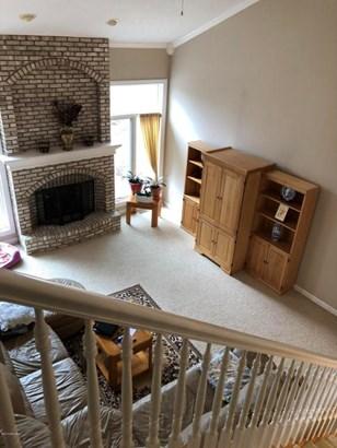 Single Family Residence, Contemporary - Grand Rapids, MI (photo 3)