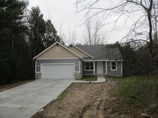 Single Family Residence, Ranch - Ludington, MI (photo 1)