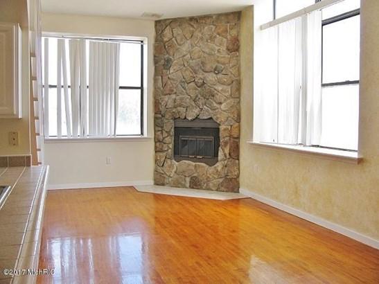 Condominium, Other - Muskegon, MI (photo 4)