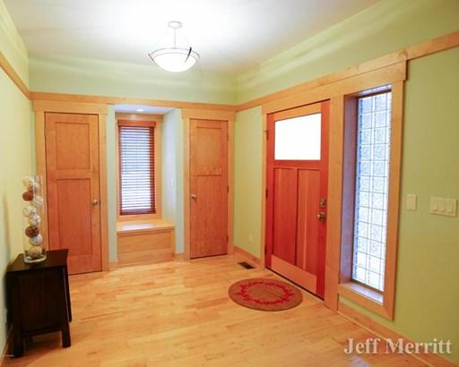 Single Family Residence, Contemporary - Alto, MI (photo 3)