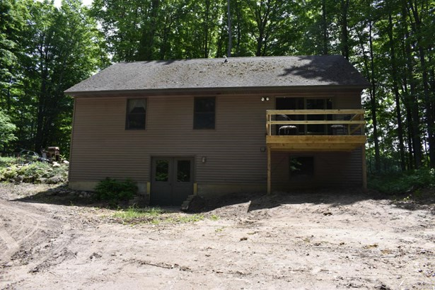 Cabin/Cottage, Single Family Residence - Fountain, MI (photo 5)