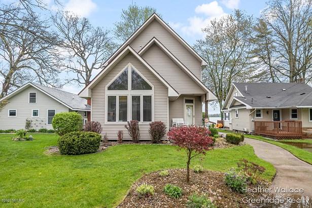 Single Family Residence, Contemporary - Wayland, MI