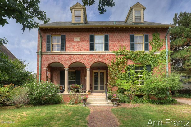 Single Family Residence, Traditional - Grand Rapids, MI (photo 2)