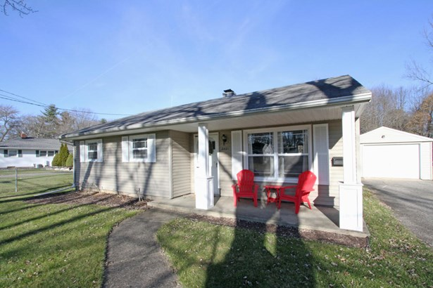 Single Family Residence, Ranch - Kalamazoo, MI (photo 2)