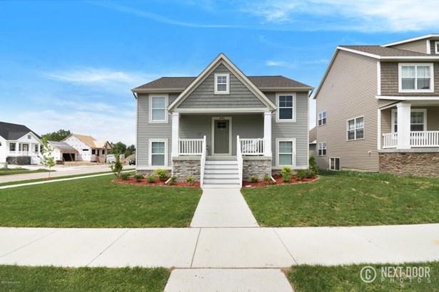 Single Family Residence, Bi-Level - Allendale, MI (photo 4)