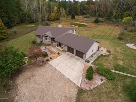 Single Family Residence, Ranch - Rockford, MI (photo 1)