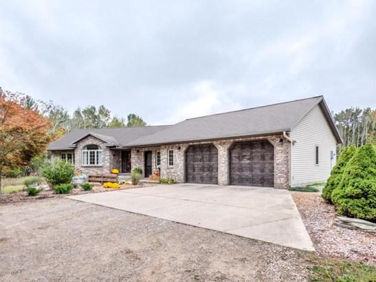 Single Family Residence, Ranch - Rockford, MI (photo 5)