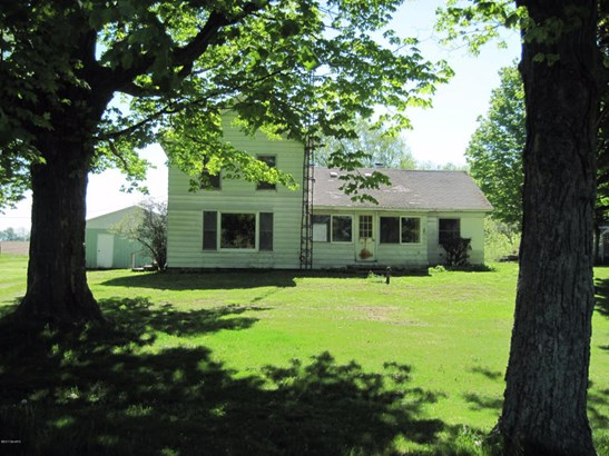 Farm House, Single Family Residence - Montague, MI (photo 1)