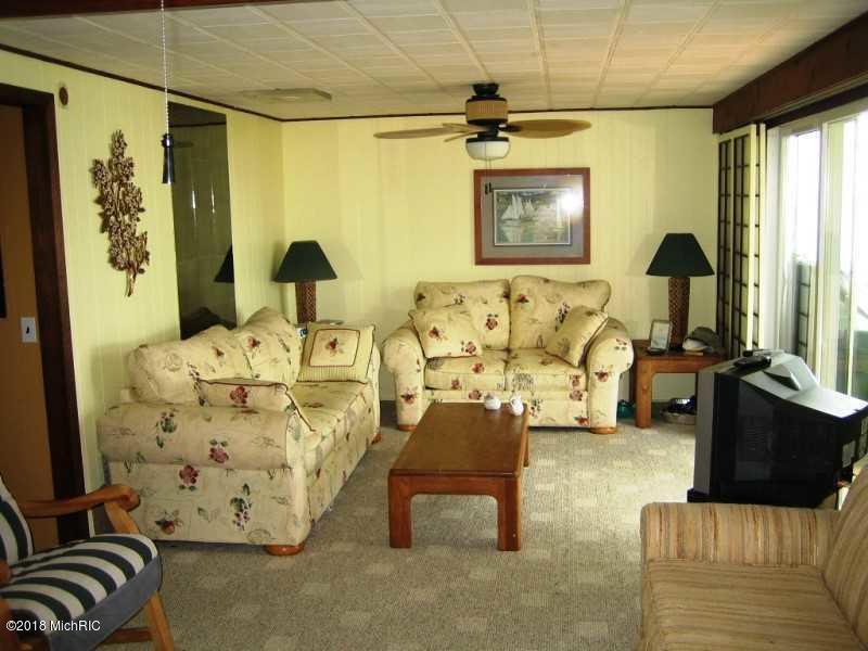 Single Family Residence, Ranch - Mears, MI (photo 5)