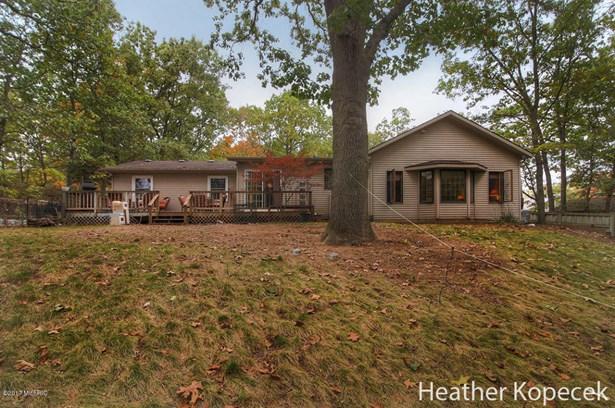 Single Family Residence, Ranch - Rockford, MI (photo 4)