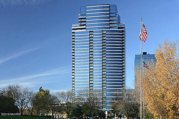 Condominium, Ranch - Grand Rapids, MI (photo 1)