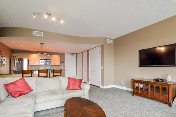 Condominium, Ranch - Grand Rapids, MI (photo 5)