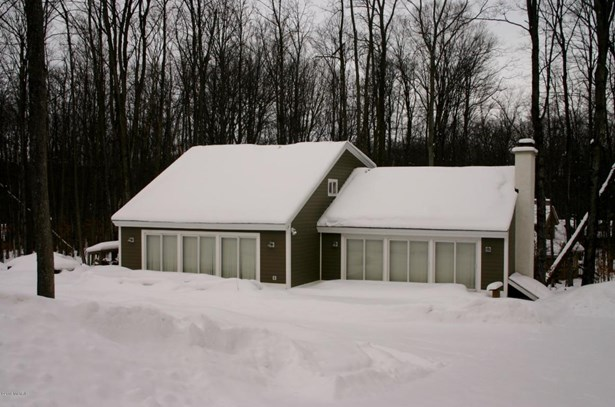 Single Family Residence, Traditional - Bellaire, MI (photo 3)
