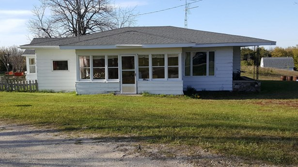 Farm House, Farm - Hart, MI (photo 1)