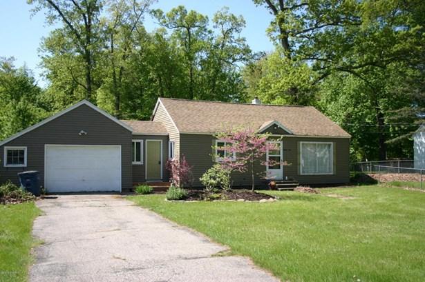 Single Family Residence, Ranch - Fruitport, MI (photo 1)