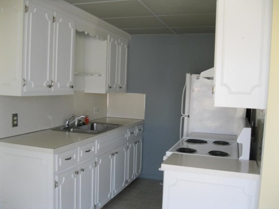 Condominium, Ranch - Jenison, MI (photo 2)