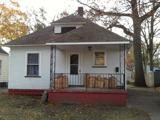 Single Family Residence, Traditional - Muskegon, MI (photo 1)