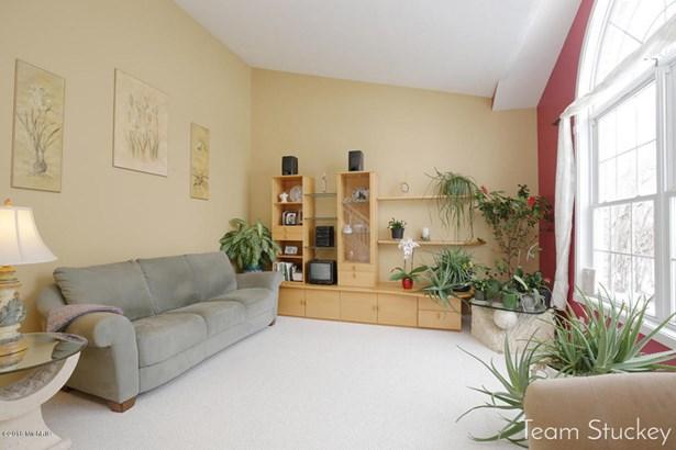 Single Family Residence, Quad Level - Byron Center, MI (photo 4)