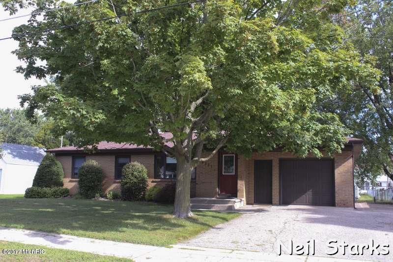 Single Family Residence, Ranch - Grandville, MI (photo 2)