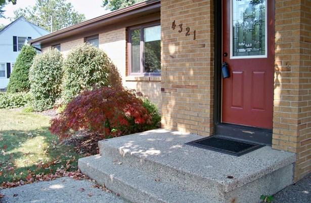 Single Family Residence, Ranch - Grandville, MI (photo 4)