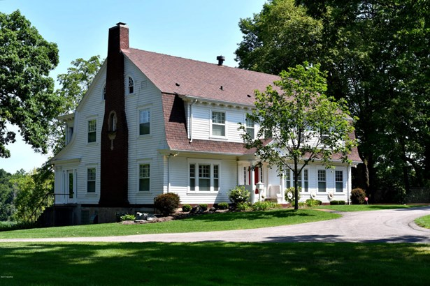 Single Family Residence, Traditional - Grand Rapids, MI (photo 4)