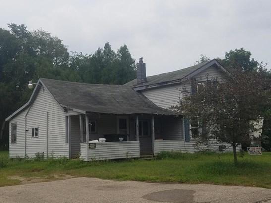 Farm House, Single Family Residence - Saranac, MI (photo 2)