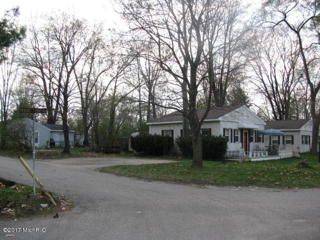 2 to 4 Units - Shelbyville, MI (photo 1)