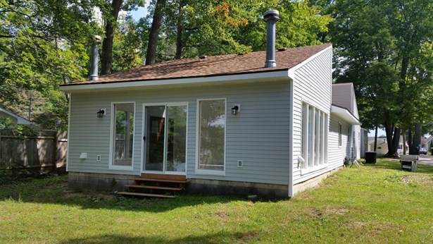 Cabin/Cottage, Single Family Residence - Grant, MI (photo 1)