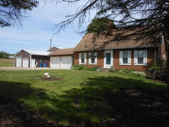 Single Family Residence, Bungalow - Caledonia, MI (photo 1)
