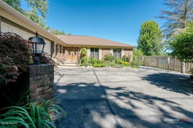 Single Family Residence, Ranch - Spring Lake, MI (photo 2)