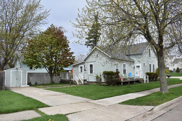 Single Family Residence, Traditional - Grand Haven, MI