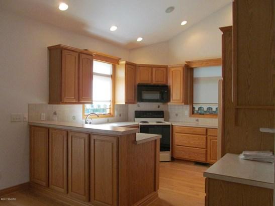 Single Family Residence, Ranch - Saugatuck, MI (photo 3)
