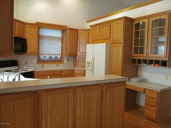 Single Family Residence, Ranch - Saugatuck, MI (photo 4)