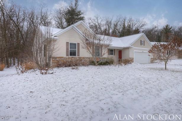 Single Family Residence, Ranch - Belmont, MI (photo 2)