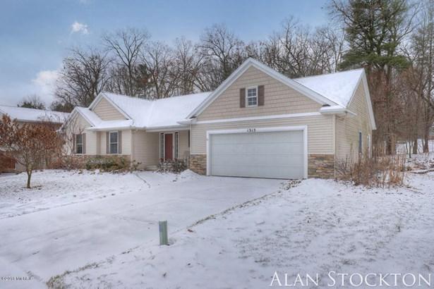 Single Family Residence, Ranch - Belmont, MI (photo 3)