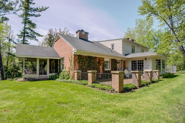 Cape Cod, Single Family Residence - Grand Rapids, MI (photo 2)