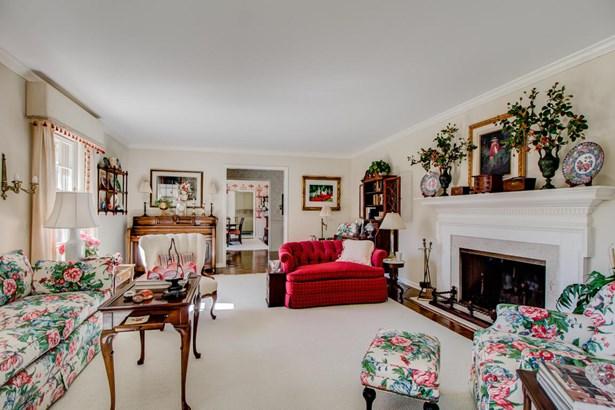 Cape Cod, Single Family Residence - Grand Rapids, MI (photo 5)
