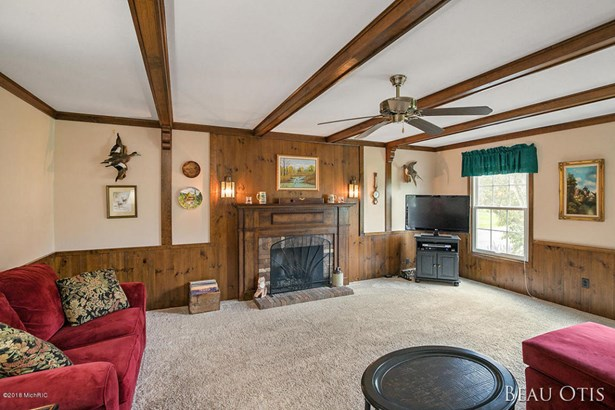 Single Family Residence, Traditional - Ada, MI (photo 5)