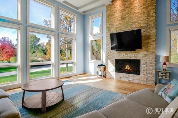 Single Family Residence, Contemporary - South Haven, MI (photo 2)