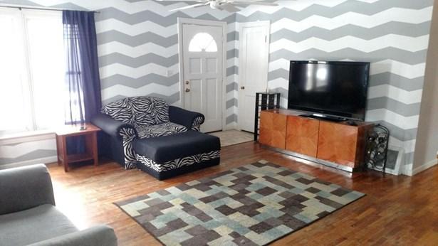 Single Family Residence, Ranch - Belding, MI (photo 4)