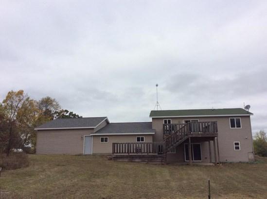 Single Family Residence, Bi-Level - Greenville, MI (photo 5)