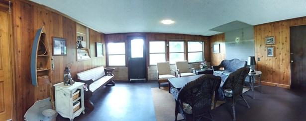 Single Family Residence, Ranch - Newaygo, MI (photo 4)
