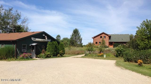 Single Family Residence, Log Home - Fennville, MI (photo 2)