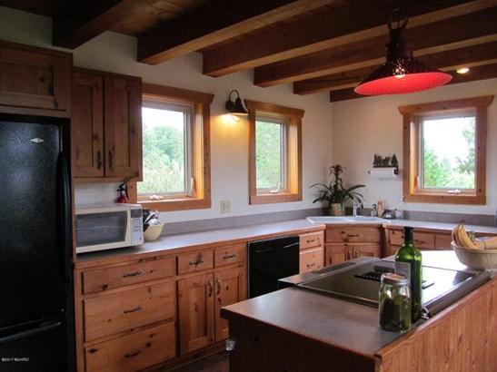Single Family Residence, Log Home - Fennville, MI (photo 4)